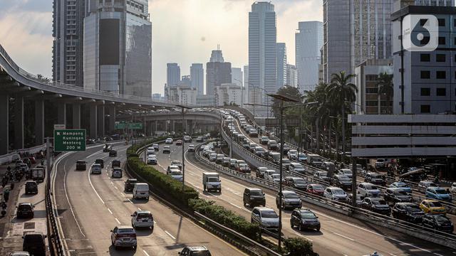 Pembatasan Kendaraan Ganjil-Genap Belum Berlaku di Jakarta 5 (1)